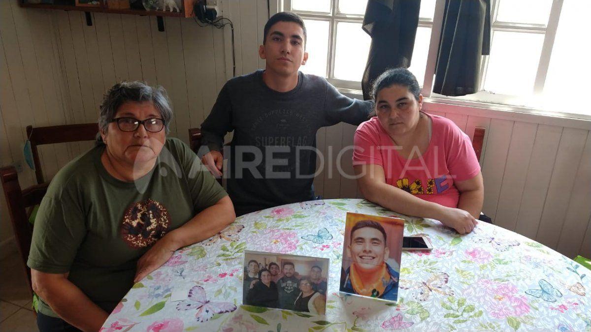 Azucena junto a Pablo y Paola