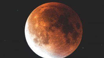 La Luna en Acuario hará reflexionar a tres signos del zodiaco