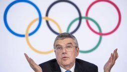 Thomas Bach, presidente del Comité Olímpico Internacional, ya estaría al tanto de la decisión del gobierno japonés de suspender los Juegos Olímpicos.