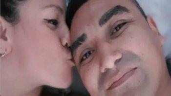 Un preso no regresó de su salida transitoria, subió una selfie con la pareja de un compañero y lo mataron a golpes