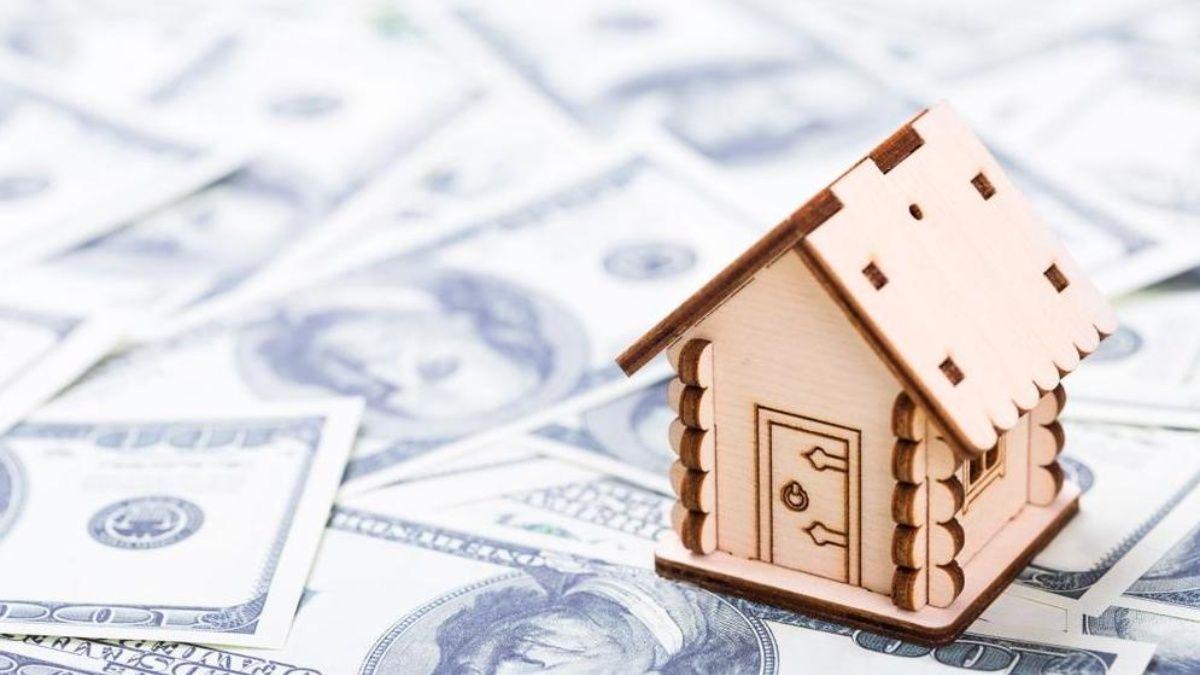 Los créditos UVA se actualizan a través de una fórmula que elabora el Banco Central y que combina el Índice de Precios al Consumidor (IPC) y una parte del costo promedio de construcción por metro cuadrado.