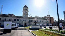 Fuentes de la gobernación de Entre Ríos consultadas afirmaron que mañana difundirán un comunicado oficial para establecer la postura de la provincia ante la demanda.