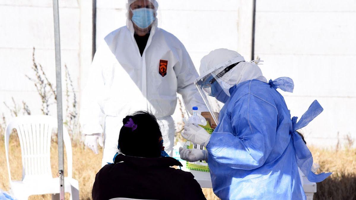 Record de infectados a nivel nacional: 17.096 en 24 horas