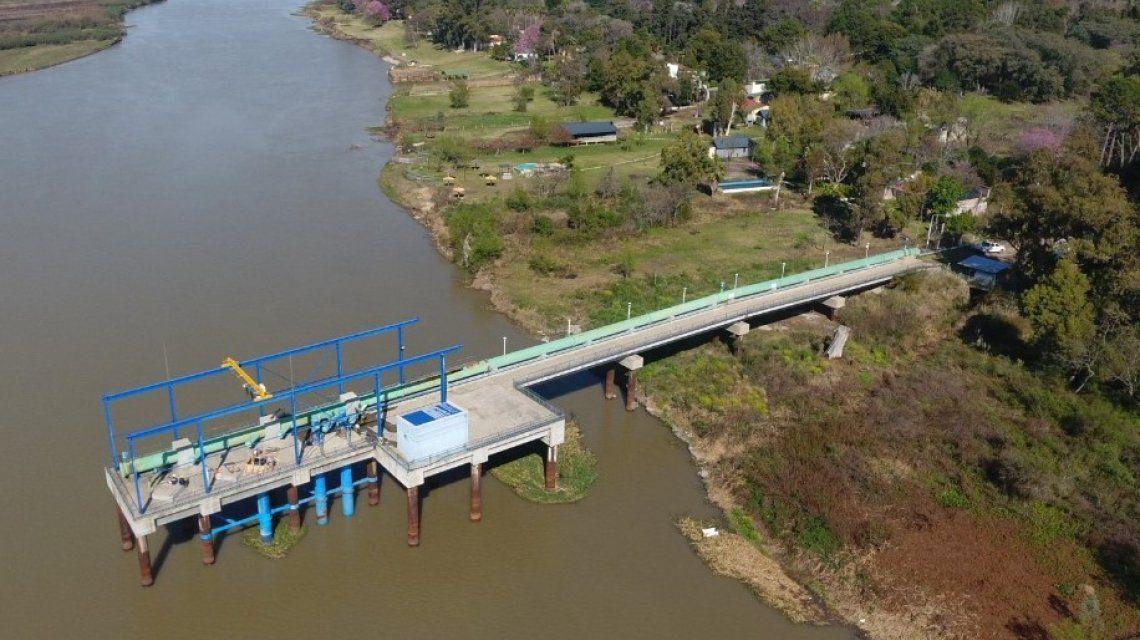 Ante la bajante histórica del río Paraná desde Aguas Santafesinas (Assa) continúan con las acciones para mantener la captación del agua y poder seguir brindando el servicio normalmente