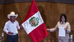 altText(Más de 25 millones de peruanos eligen presidente en segunda vuelta)}