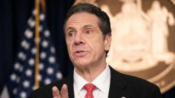 El gobernador de Nueva York fue acusado ahora de abuso sexual por una exasistente