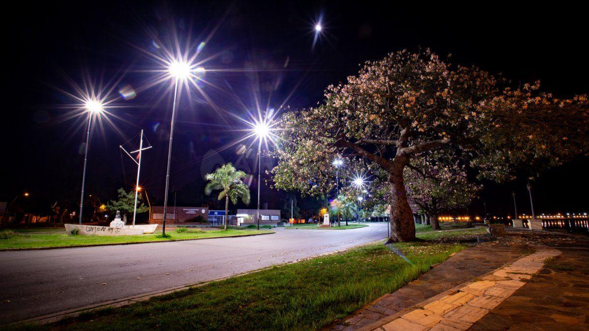 Convivir con el coronavirus: en qué consiste la restricción de circulación en horario nocturno que anunció Perotti