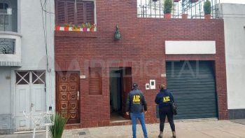 Uno de los allanamientos se concretó en una vivienda de barrio Candioti norte en la capital santafesina