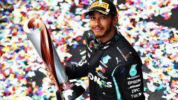 Lewis Hamilton ganó el GP de Turquía y se aseguró su séptimo titulo de la Fórmula 1, además de igualar a Michael Schumacher como el piloto con más campeonatos de la categoría.