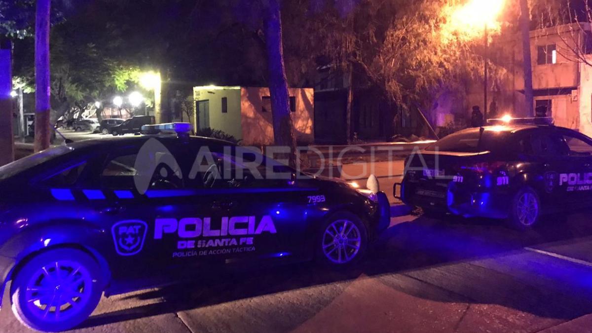 Una mujer fue herida de arma de fuego el lunes por la noche en Menchaca 9700.
