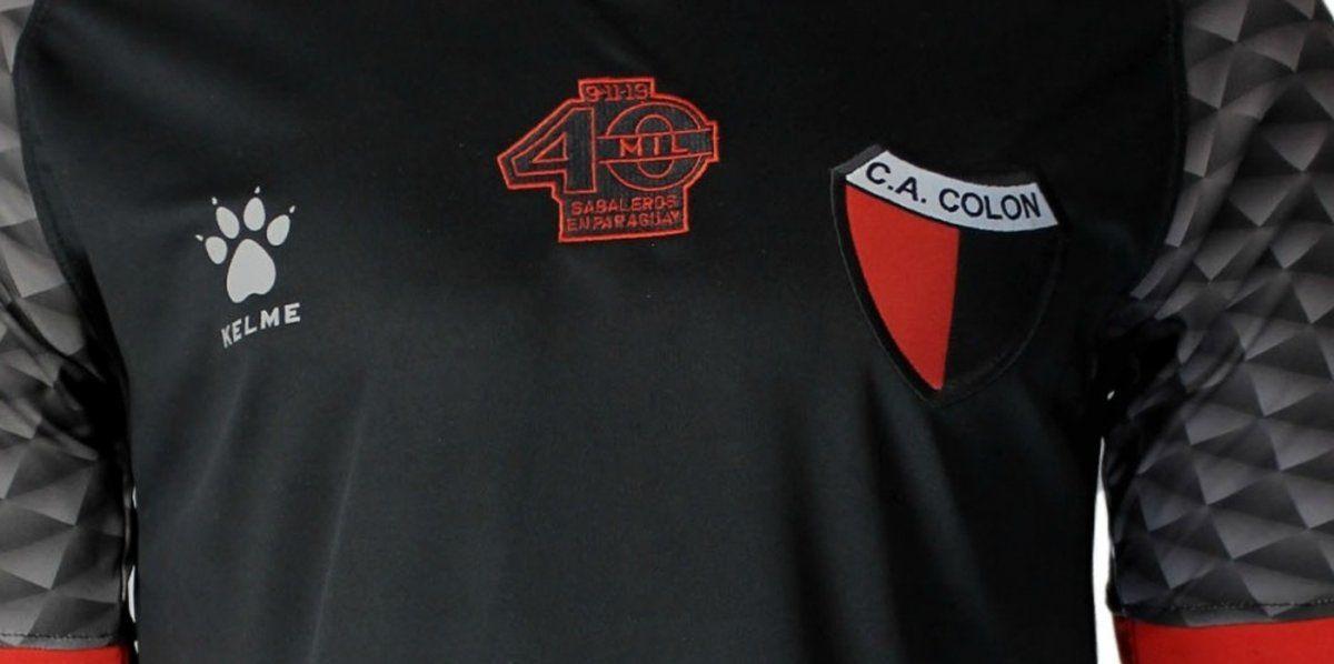 Colón presentó su nueva camiseta alternativa con un video motivacional.