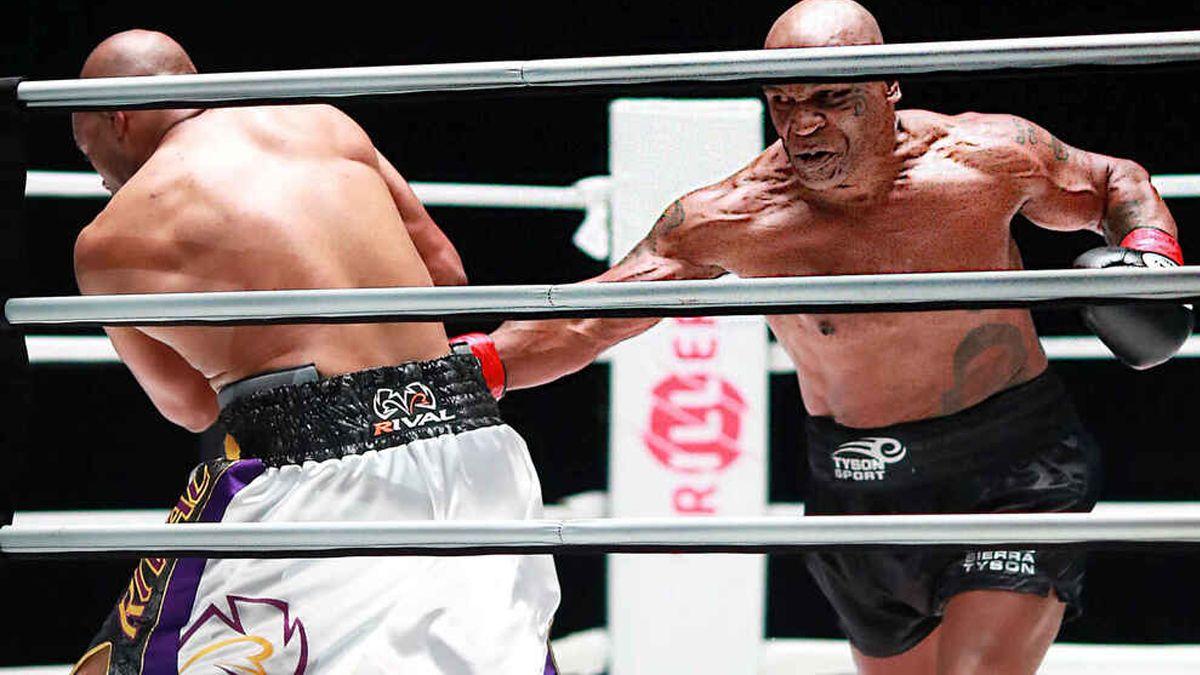 Mike Tyson volvió al boxeo a los 54 años