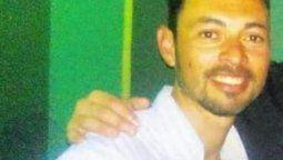 Apenas unos poco minutos antes del final del jueves, se consumó el homicidio N° 17 en el departamento La Capital. Un hombre de 40 años oriundo de barrio El Pozo, identificado como Claudio Alonso, fue asesinado de un disparo en la cabeza en la colectora Esteban Laureano Maradona a metros del ingreso al Conicet Santa Fe.