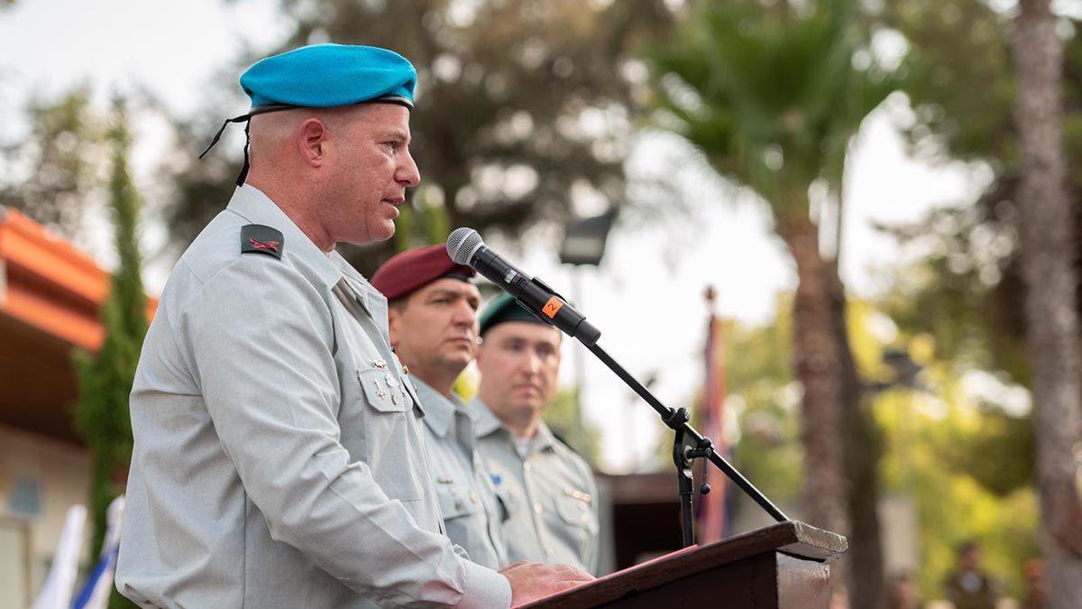 El general y vocero militar Hidai Zilberman dijo en conferencia de prensa que tres brigadas