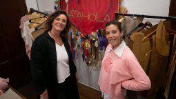 Lucila Cordoneda y Rosario Angeloni son madre e hija y llevan adelante Batahola, una marca de ropa clásica, e inclusiva en cuanto a talles y géneros. En Emprendedores en Santa Fe te contamos su historia.