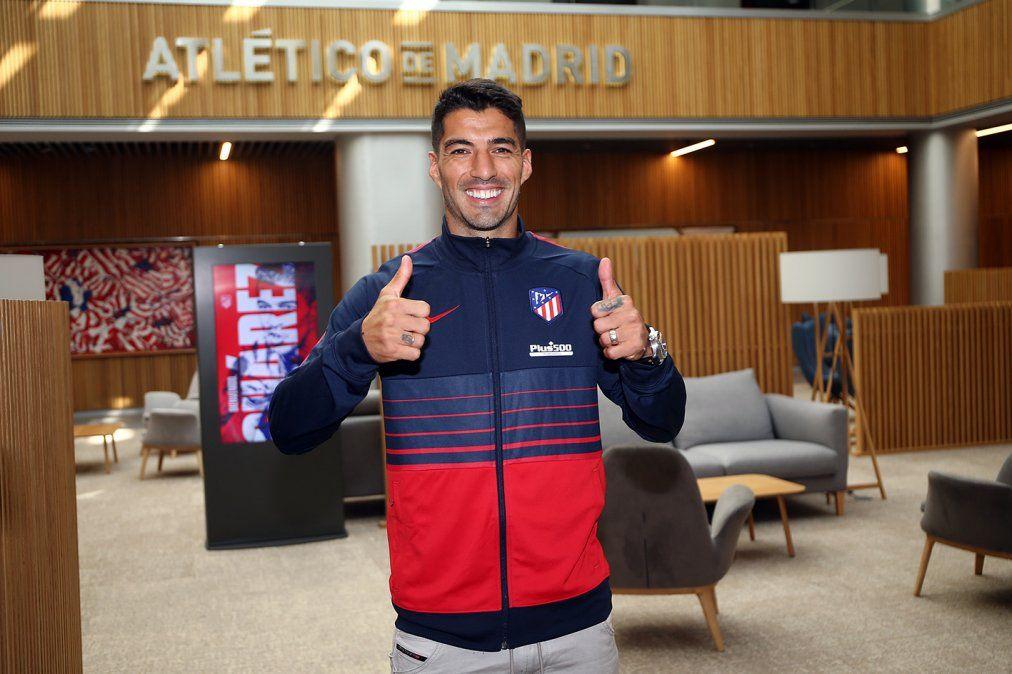 Luis Suárez se transformó en nuevo jugador del Atlético Madrid.