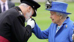 Una investigación periodística destapa los supuestos favorece a los que estaba dispuesto el príncipe Michael, primo de sangre de la Reina Isabel II.