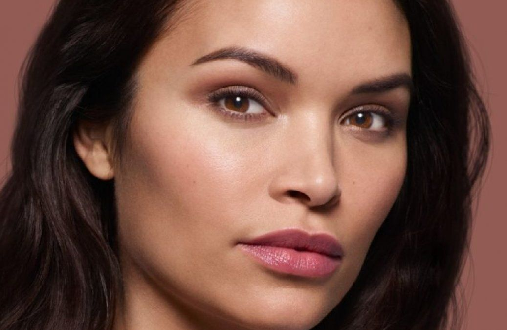 Cuál es la clave para eliminar las huellas de cansancio en el rostro y mantener una mirada iluminada