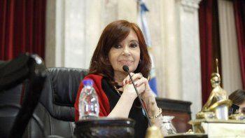 Cristina Kirchner y Massa vuelven a congelar las dietas de los legisladores