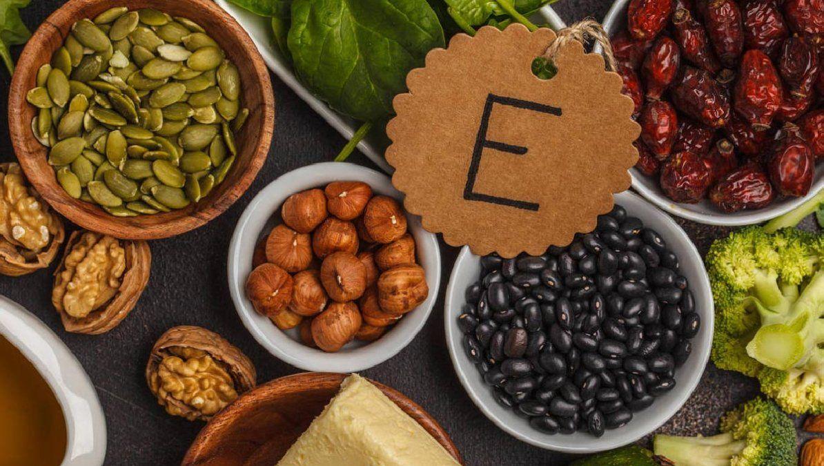 Por qué las vitaminas E y F son necesarias para la salud de tu piel y los alimentos que más contienen