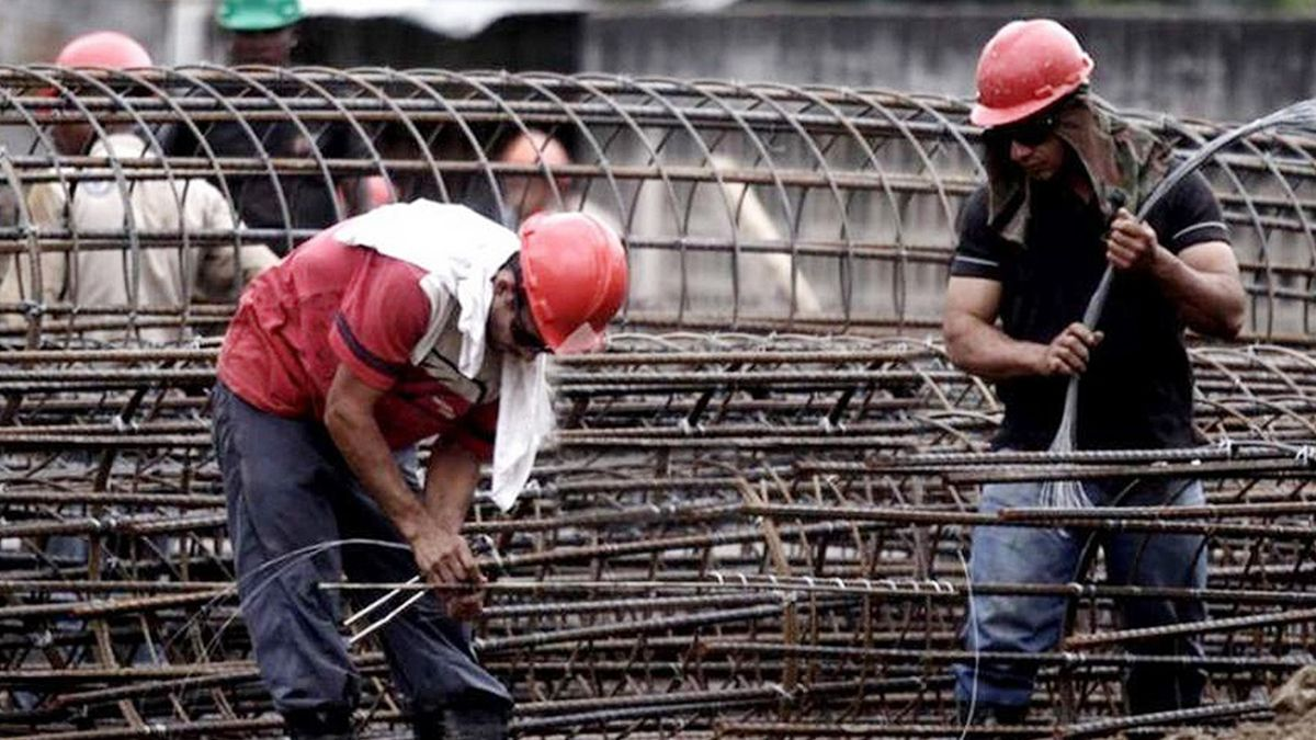 El empleo registrado en la provincia y en el país todavía no logra alcanzar las cifras previas a la pandemia.