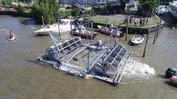 """Después de cinco años de trabajo, se realizó la primera prueba del generador hidroeléctrico """"SBK1″ a la vera del delta del río Paraná, en San Fernando"""
