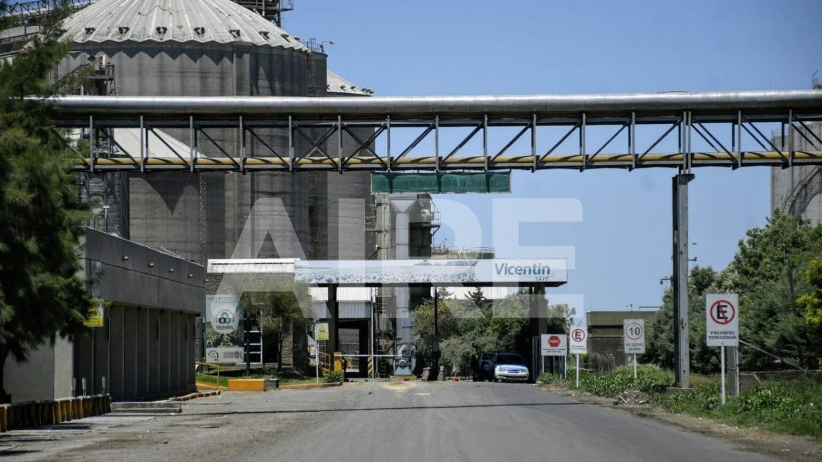 En la plantas de San Lorenzo y Ricardone trabajan 1.200 empleados.