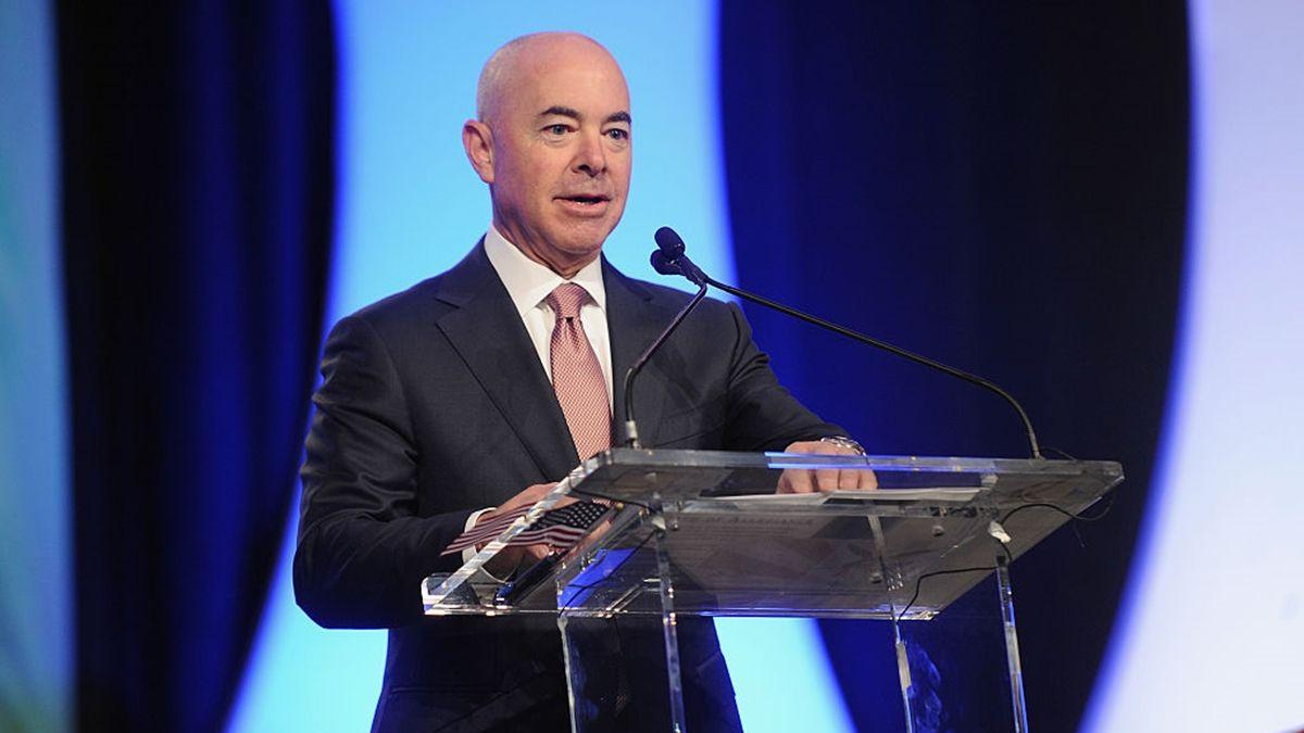 Alejandro Mayorkas fue elegido por Joe Biden como el nuevo secretario de Seguridad Interior de Estados Unidos