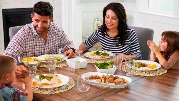 Oración a Dios para bendecir la mesa y los alimentos en familia