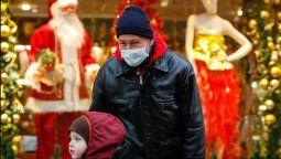 España está entrando de lleno en la tercera ola de la pandemia de coronavirus, que será más virulenta que las anteriores, alertó este lunes el epidemiólogo Daniel López Acuña