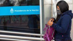 La directora ejecutiva de la ANSES, Fernanda Raverta, entre otras medidas, dispuso en articulación con los ministerios de Salud y Educación, el cruce de información para generar un sistema inteligente que permita hacer simple la acreditación de las prestaciones.