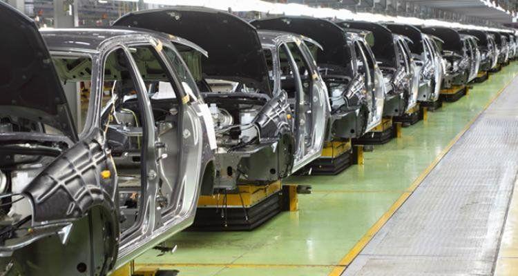La producción automotriz cayó un 16,4% en febrero