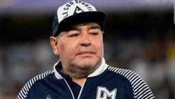 Los documentos que pusieron en marcha la investigación sobre falsificación de la firma de Diego Maradona son tres. Todo fue encontrado en el allanamiento de la vivienda del doctor Leopoldo Luque.