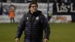 El entrenador de 48 años ya dirigió en varios clubes. Registra en su haber a Argentinos Juniors, Belgrano de Córdoba, Newells, Aldosivi e Independiente Rivadavia de Mendoza.