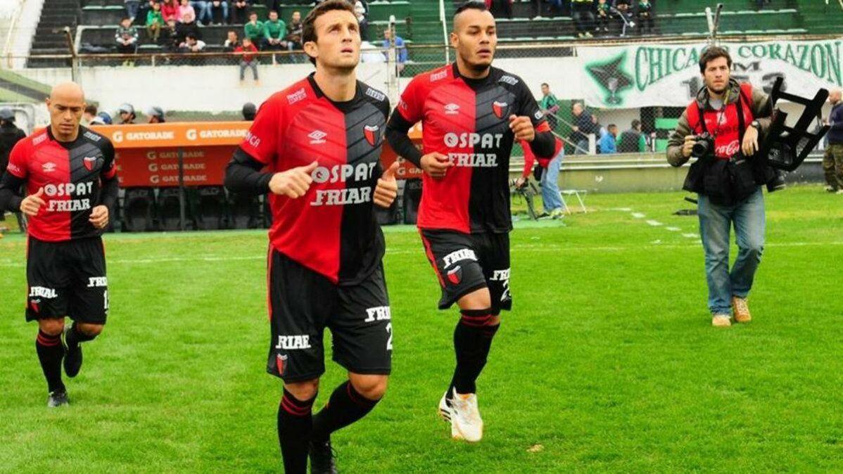 Clemente Rodríguez rompió su acuerdo de palabra con un equipo boliviano para jugar en el ascenso de la República Argentina.
