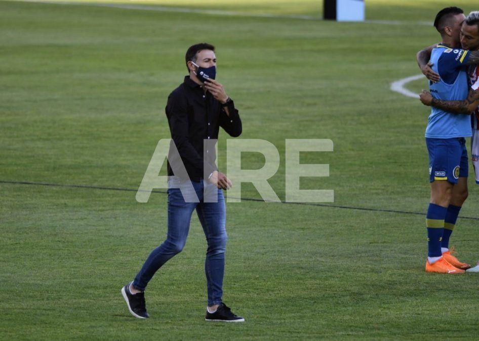 El Kily González se reunirá con Marco Ruben para terminar de convencerlo de volver a jugar en Rosario Central.