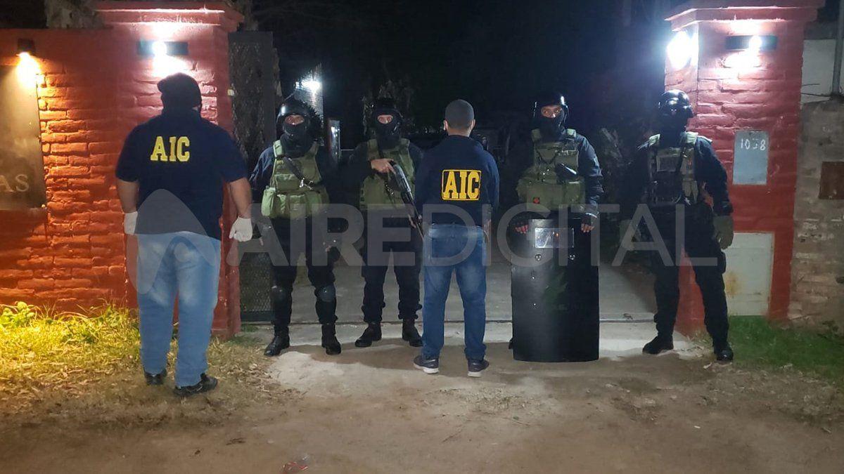 Un complejo de cabañas fue allanado en el marco de la investigación por el crimen de Leguizamón.