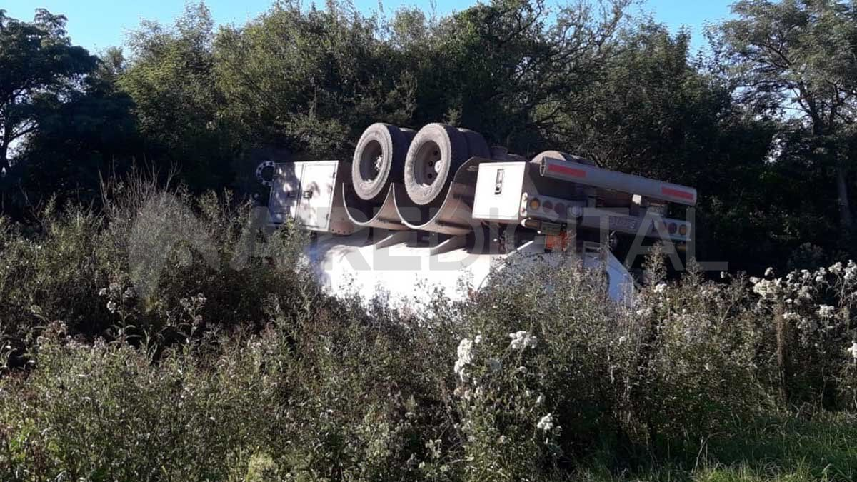 En la mañana aguardaban que la empresa Shell mande un camión para realizar el traspaso del combustible