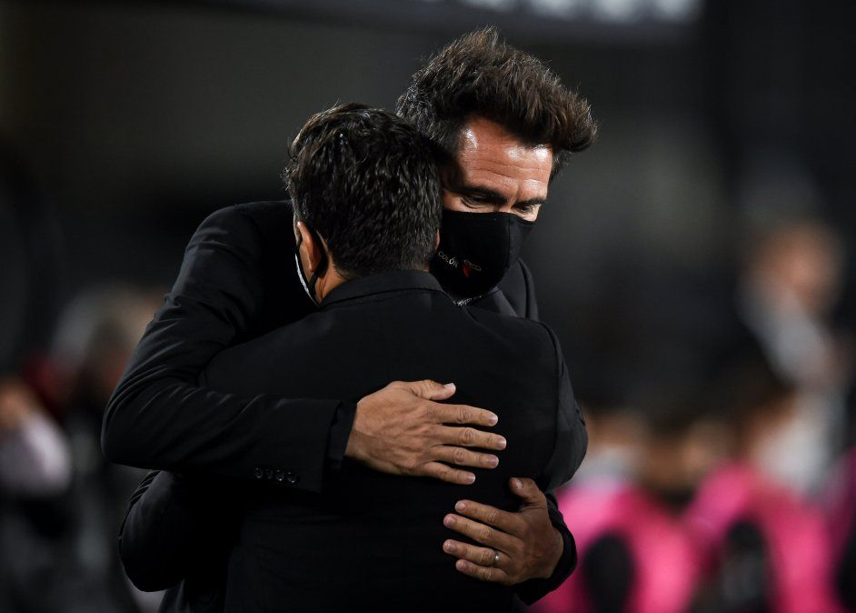 Rver le cortó el invicto a Colón pero Eduardo Domínguez valoró la actuación de sus jugadores y prometió levantarse rápidamente para los próximos partidos de la Copa de la Liga.