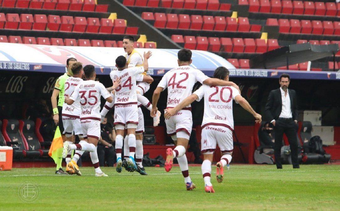 Colón perdió 4-1 con Lanús y registró su primera derrota en el Torneo de la Liga Profesional.