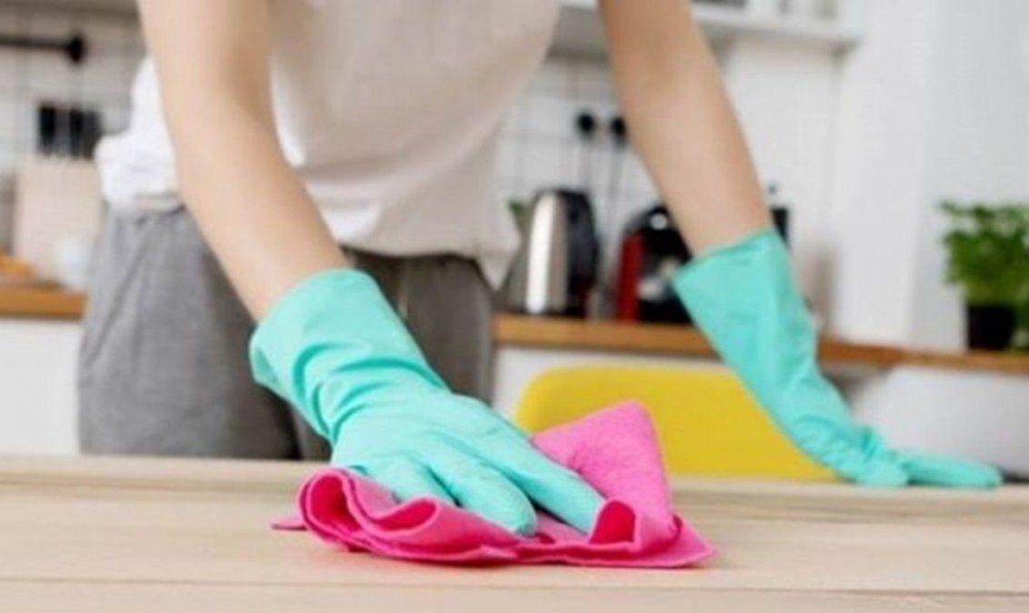 Las empleadas domésticas acordaron 42% de aumento y el reconocimiento de la antigüedad.