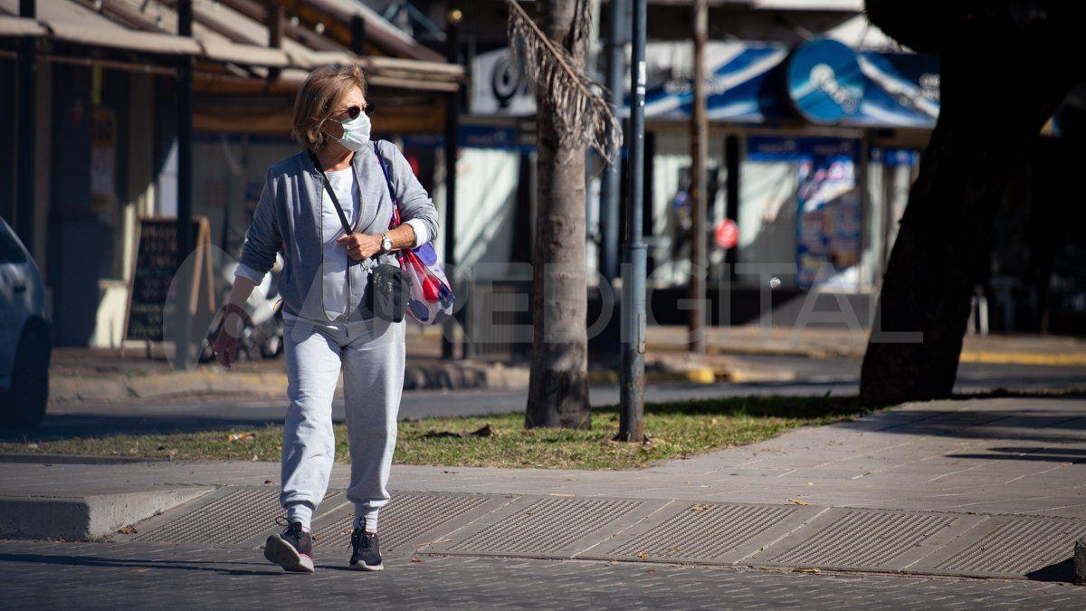 La Provincia anunció las medidas de convivencia con la pandemia que regirán en Santa Fe hasta el próximo 25 de junio inclusive.