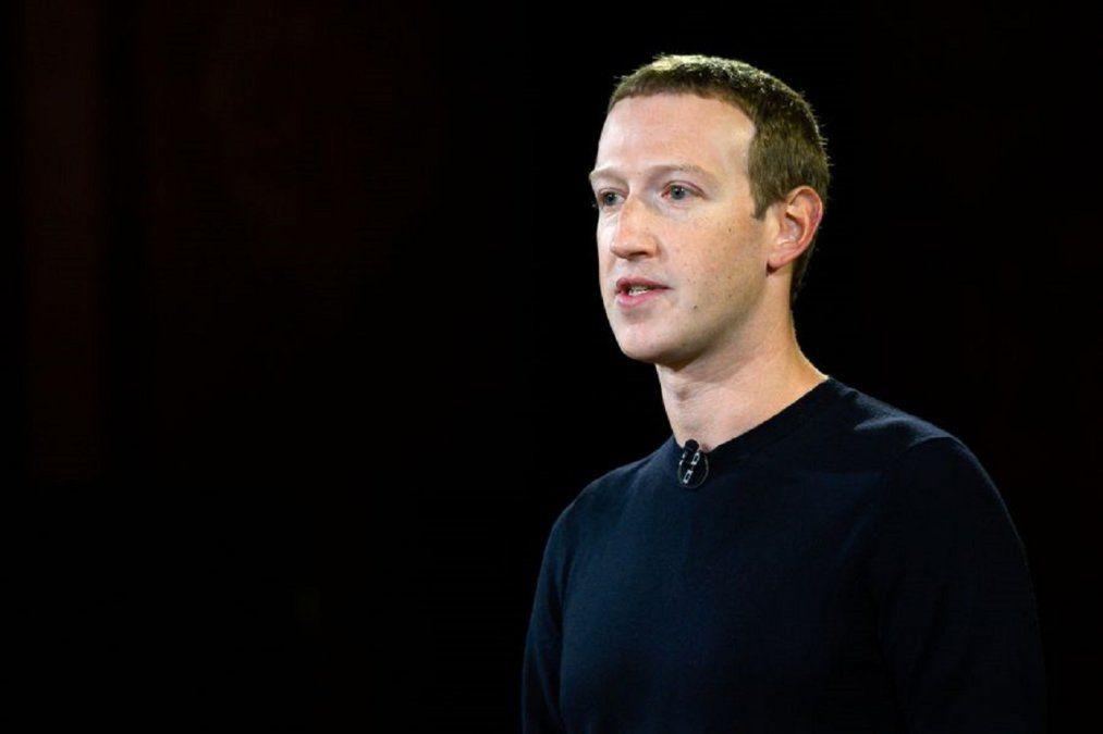 Mark Zuckerberg fue acusado de inyectar dinero privado para garantizar la victoria de Joe Biden.
