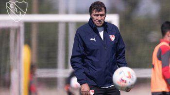 Con Falcioni presente, Independiente entrenó pensando en el duelo ante Bahía