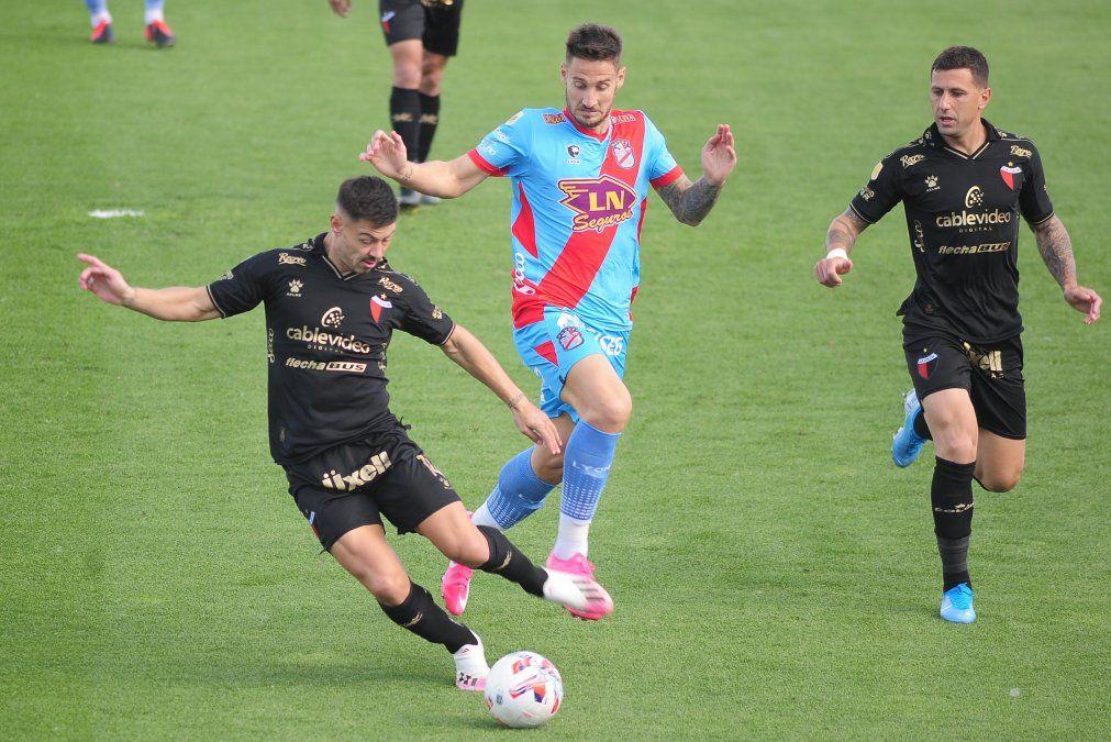 Federico Lértora se lesionó y Colón pierde a una pieza clave para visitar a Boca por el Torneo de la Liga Profesional.
