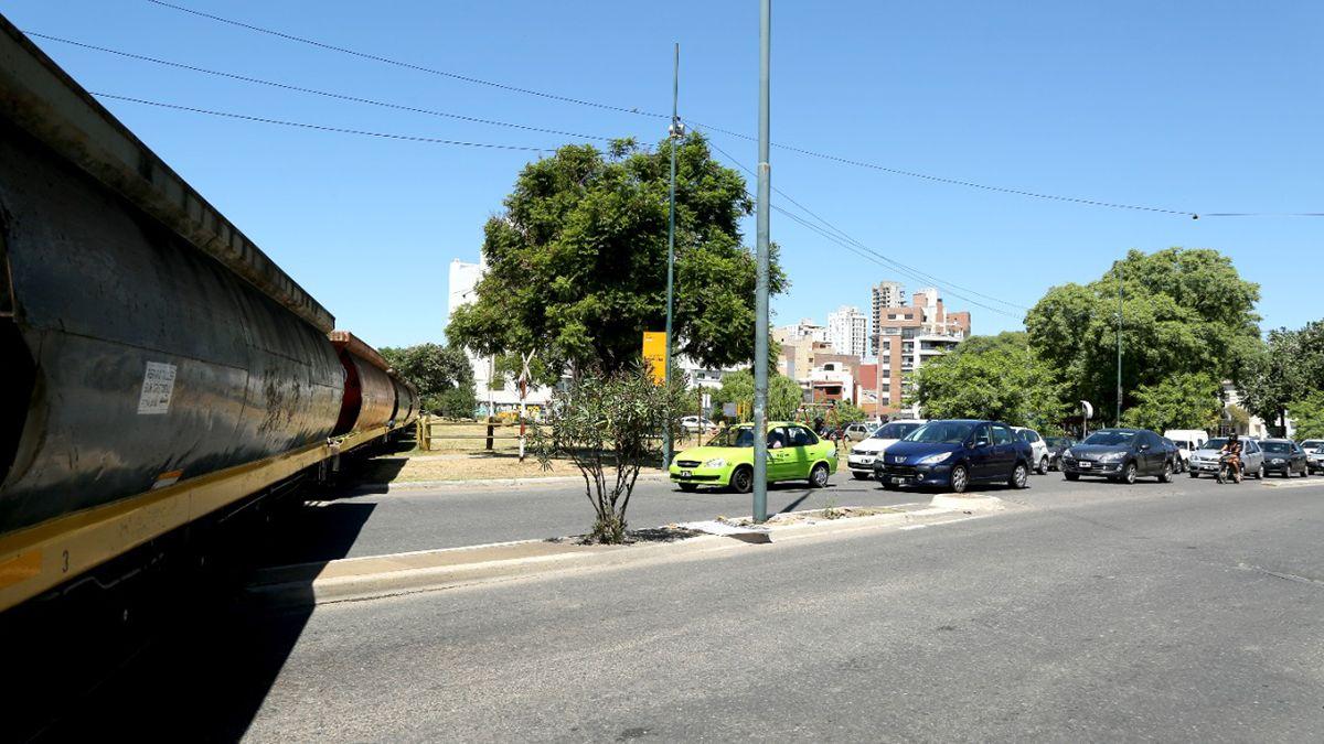 La obra Circunvalar permitirá que el tren de cargas deje de pasar por dentro del ejido urbano de la ciudad de Santa Fe.