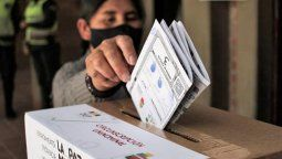Los bolivianos ya votaron quién será el próximo presidente. Los candidatos son Luis Arce (por Evo Morales) y Carlos Mesa (de Conciencia Ciudadana).