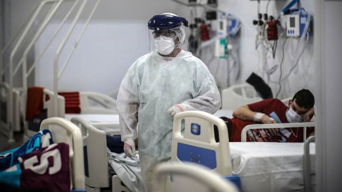La cartera sanitaria indicó que son 2.713 los internados con coronavirus en unidades de terapia intensiva