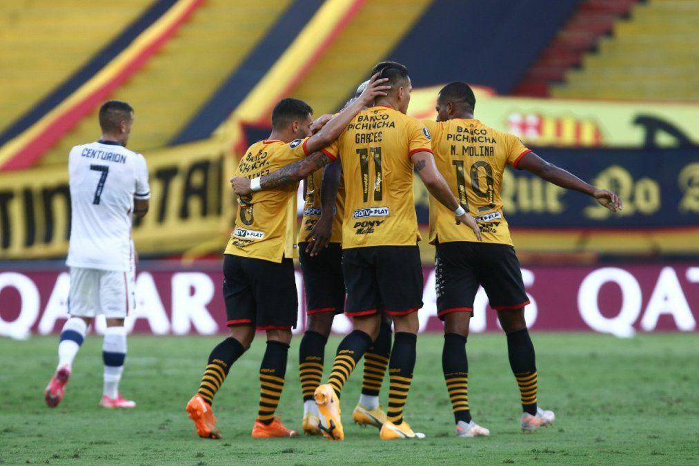 El Fortín no pudo sostener la ventaja que logró en Argentina y se despide de la Copa Libertadores.