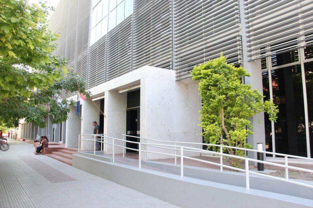 Los diez hombres quedaron detenidos el sábado pasado tras una audiencia realizada en los tribunales de la ciudad de Rafaela.